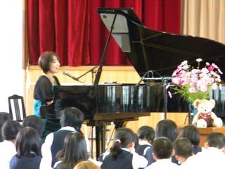 2010.10.10湖南中学校コンサート2 008.jpg
